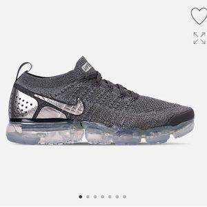 Men's gray vapormax sneakers